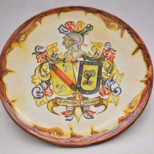 Plato con escudo heráldico para colgar