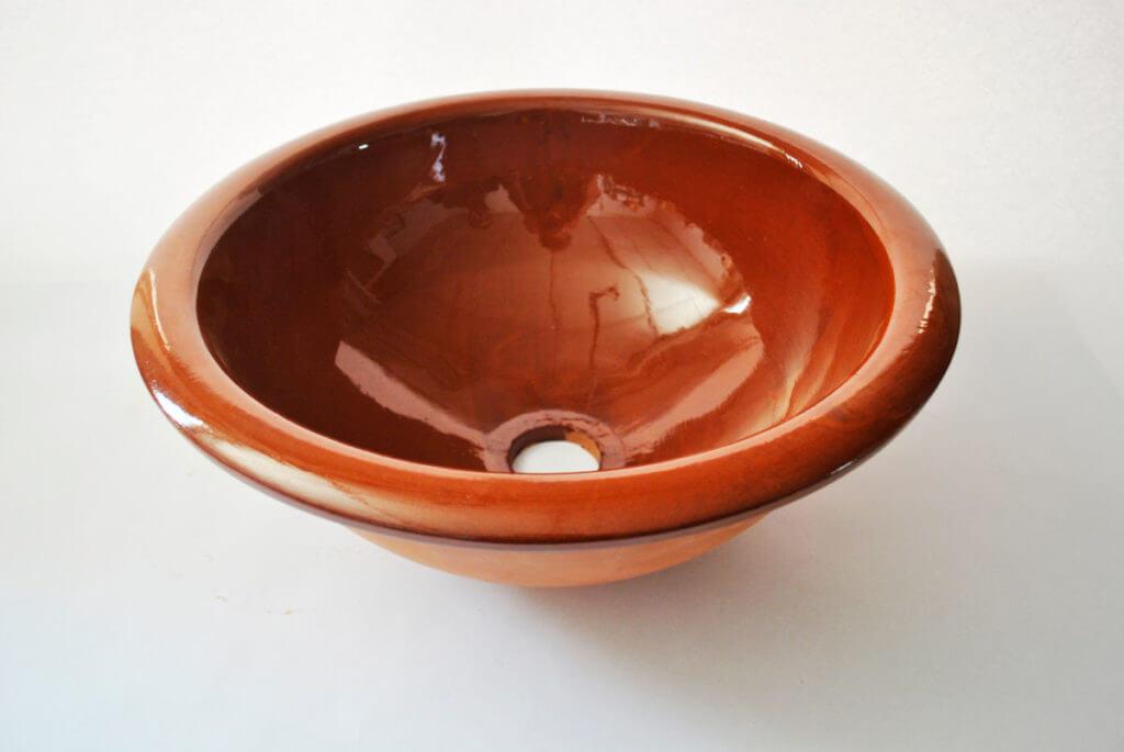 Lavabo de cerámica artesanal rústico