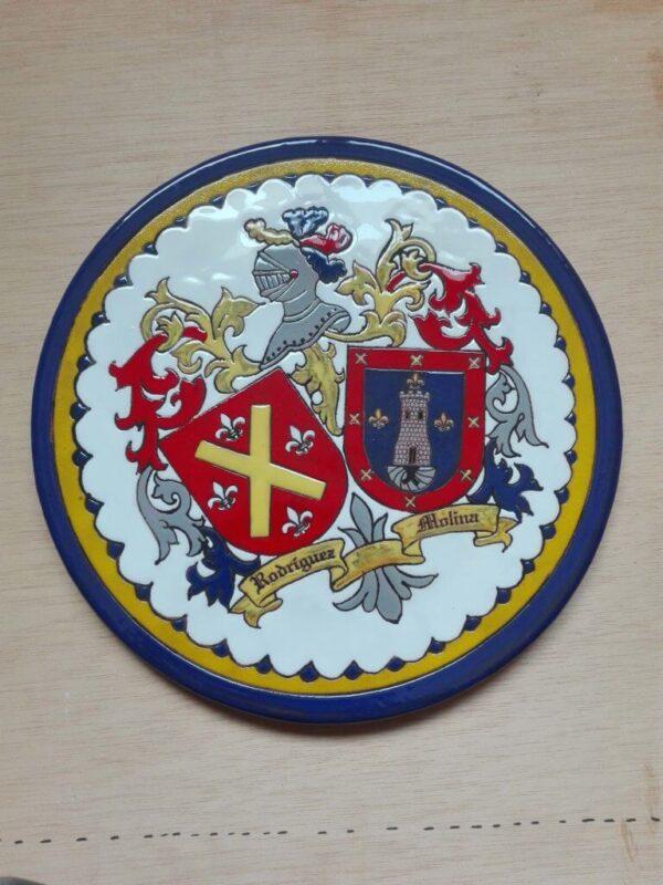Escudos heráldicos en cerámica