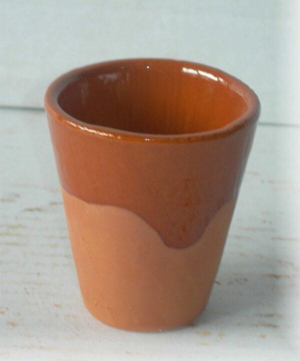 Vaso de vino de barro